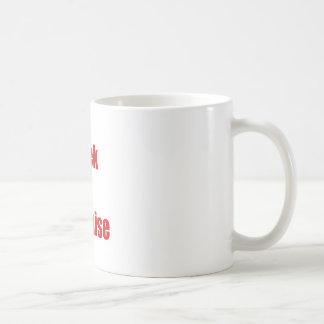Friki en disfraz taza de café