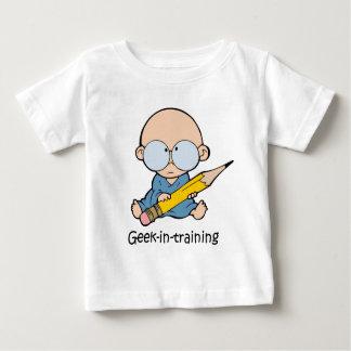 Friki en el entrenamiento camiseta de bebé