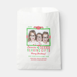 Frikis divertidos de la foto de familia del día de bolsa de papel