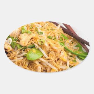 Fritada tailandesa del Stir de los tallarines de Pegatina Ovalada