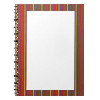 Frontera colorida de la raya del espacio en blanco cuadernos