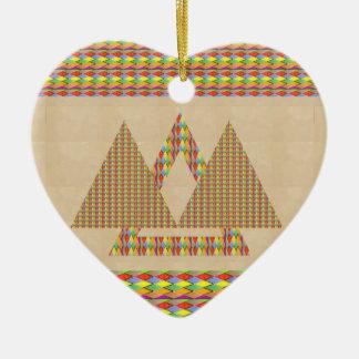 Frontera histórica de la energía del triángulo de ornamente de reyes