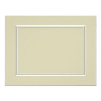 Frontera sombreada blanca doble en verde de musgo invitación 10,8 x 13,9 cm