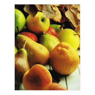 Fruta y verduras, manzanas y peras postal