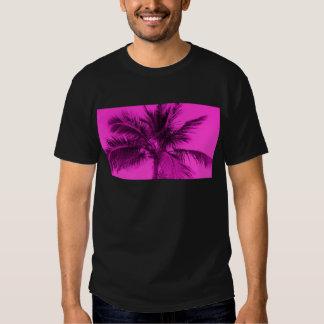 Fucsia - palma del estilo de las rosas fuertes camiseta