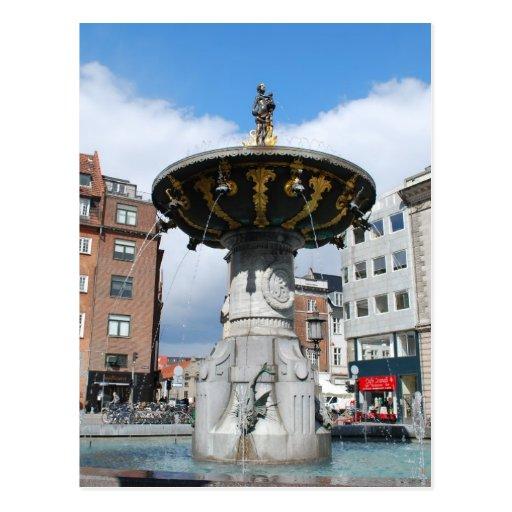 Fuente bien Copenhague Dinamarca de Caritas Tarjetas Postales