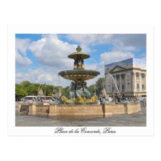 Fuente de en el lugar Concorde en París, Francia Postal