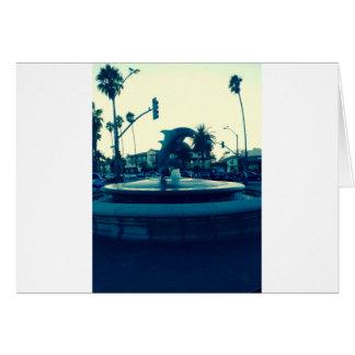 Fuente del delfín tarjeta de felicitación