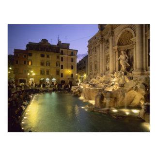 Fuente en la noche, Roma, Lazio, Italia del Trevi Postal