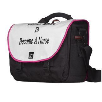 Funcionamiento de la mujer a hacer una enfermera bolsas de portátil