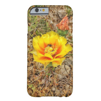 Funda Barely There iPhone 6 Abeja en la flor