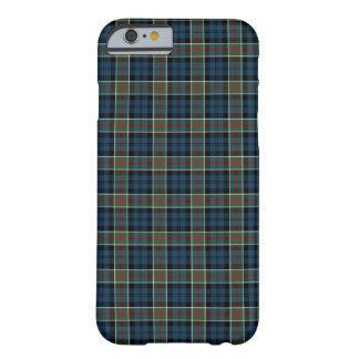 Funda Barely There iPhone 6 Azules marinos del clan de Calhoun, verde, y