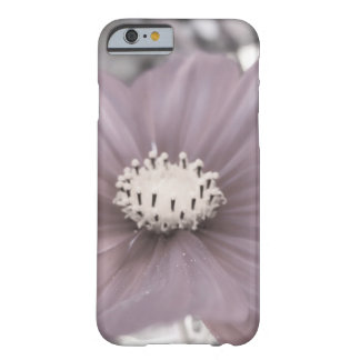 Funda Barely There iPhone 6 BW Cosmo caliente