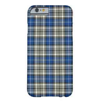 Funda Barely There iPhone 6 Clan azul, tartán blanco y negro de Napier