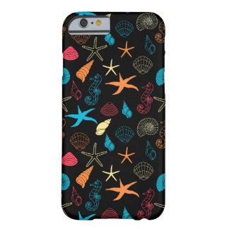 Funda Barely There iPhone 6 Criaturas coloridas del mar