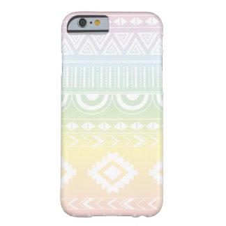 Funda Barely There iPhone 6 Diseño azteca Phonecase del arco iris en colores