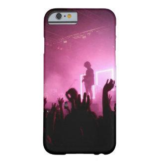 Funda Barely There iPhone 6 El 1975 en caso del concierto