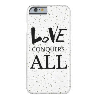 Funda Barely There iPhone 6 El amor conquista toda la cita moteada blanco