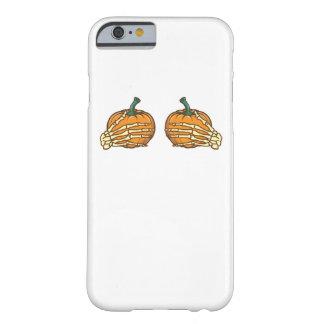 Funda Barely There iPhone 6 El esqueleto de la calabaza da Halloween divertido