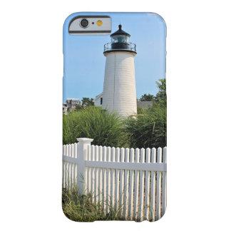 Funda Barely There iPhone 6 Faro de la isla del ciruelo, caso total del iPhone