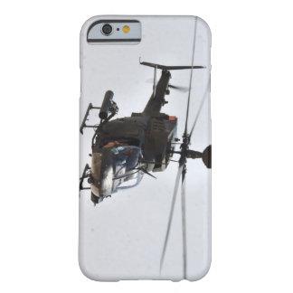 Funda Barely There iPhone 6 HELICÓPTERO del EXPLORADOR del caso OH-58D del
