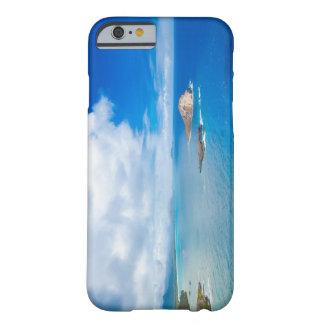 Funda Barely There iPhone 6 Isla Oahu del conejo