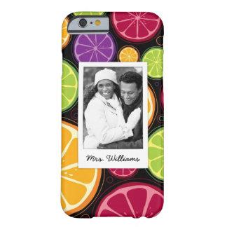 Funda Barely There iPhone 6 La fruta cítrica coloreada multi el | añade su