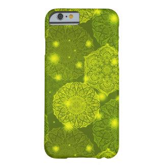 Funda Barely There iPhone 6 Modelo de lujo floral de la mandala