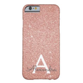 Funda Barely There iPhone 6 Monograma color de rosa rosado del purpurina y de