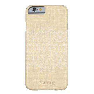 Funda Barely There iPhone 6 Monograma glamoroso del oro y del cordón