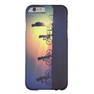 Funda Barely There iPhone 6 Paseo de la puesta del sol