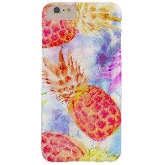 Funda Barely There iPhone 6 Plus Acuarela hermosa del modelo tropical de la piña