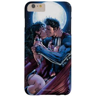 Funda Barely There iPhone 6 Plus Beso de la Mujer Maravilla y del superhombre de la