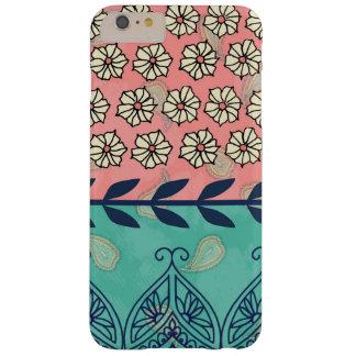 Funda Barely There iPhone 6 Plus Caso más del iPhone 6 femeninos de Boho Paisley