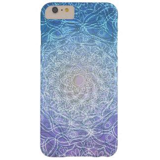 Funda Barely There iPhone 6 Plus Reflexión violeta azul de la mandala