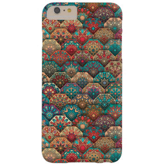 Funda Barely There iPhone 6 Plus Remiendo del vintage con los elementos florales de