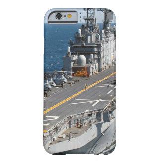 Funda Barely There iPhone 6 Portaaviones de la marina de guerra de los