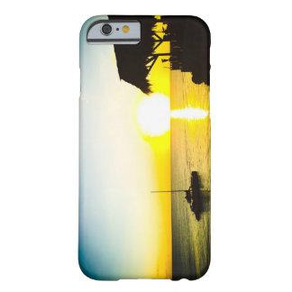 Funda Barely There iPhone 6 Puesta del sol del océano