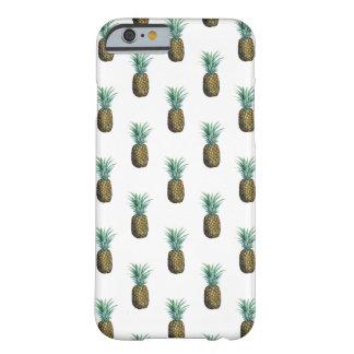 Funda Barely There Para iPhone 6 Acuarela tropical de la piña