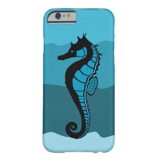 Funda Barely There Para iPhone 6 Caballo de mar, ondas de la aguamarina, proyecto