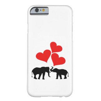 Funda Barely There Para iPhone 6 Corazones y elefantes