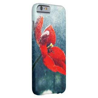 Funda Barely There Para iPhone 6 Flor en la lluvia