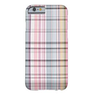 Funda Barely There Para iPhone 6 Modelo retro azul lindo de la tela escocesa de