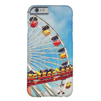 Funda Barely There Para iPhone 6 Noria del carnaval de la diversión y foto de la