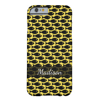 Funda Barely There Para iPhone 6 Pescados negros en un mar de amarillo, repitiendo