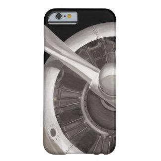 Funda Barely There Para iPhone 6 Primer del propulsor de aeroplano