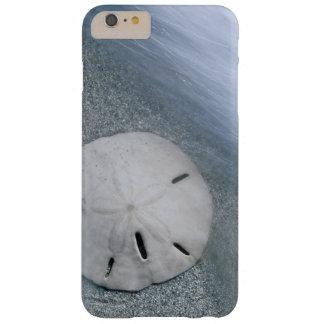 Funda Barely There Para Phone 6 Plus Sanddollar en la isla de la playa el | Sanibel, la