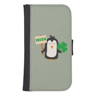 Funda Cartera Para Galaxy S4 Pingüino irlandés con el trébol Zjib4