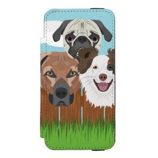 Funda Cartera Para iPhone 5 Watson Perros afortunados del ilustracion en una cerca de