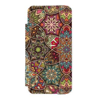 Funda Cartera Para iPhone 5 Watson Remiendo del vintage con los elementos florales de
